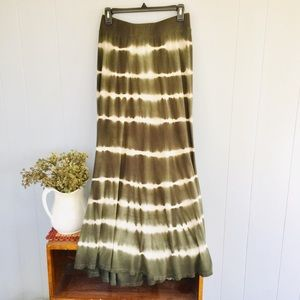 Dresses & Skirts - Lapis olive green and cream maxi skirt!!